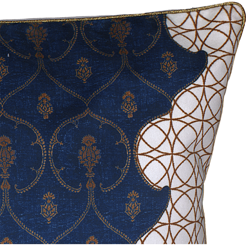 "Zoom cushion cover and its ""Royal"" pattern"