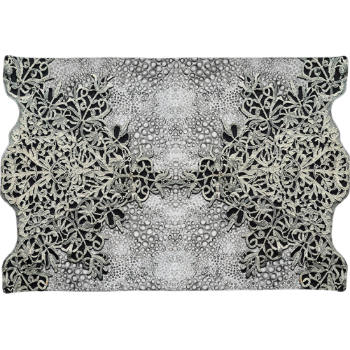 "Bath mat and its ""Broderies"" pattern"