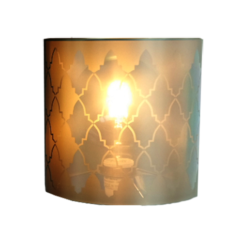 "Lampshade and its ""Briques"" pattern"