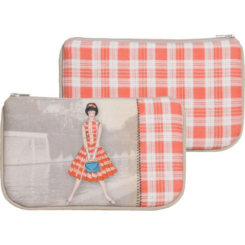 Little bag with a woman's shape and red checkered pattern