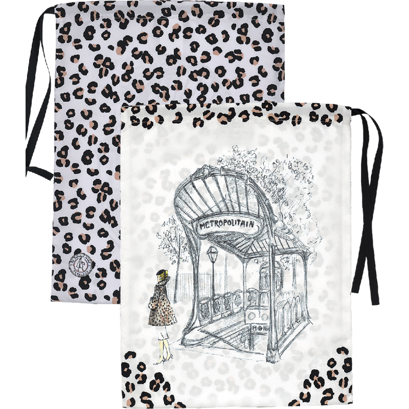 Lingerie bag with its leopard pattern